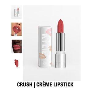 Kylie Crème Lipstick